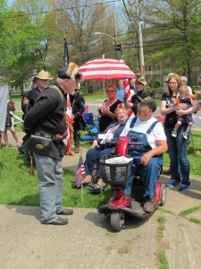 John Stengel assisting Korean Veteran 2015 Mem Day